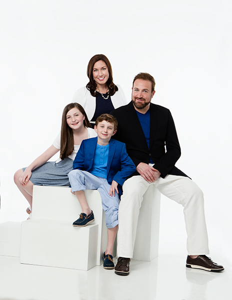 Cantor Neil Michaels and family, cover shoot for Temple Israel Messenger