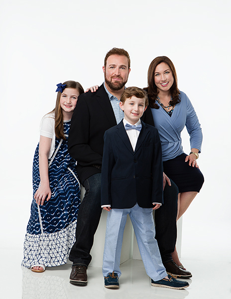 Cantor Neil Michaels and family, cover shoot for Temple Israel